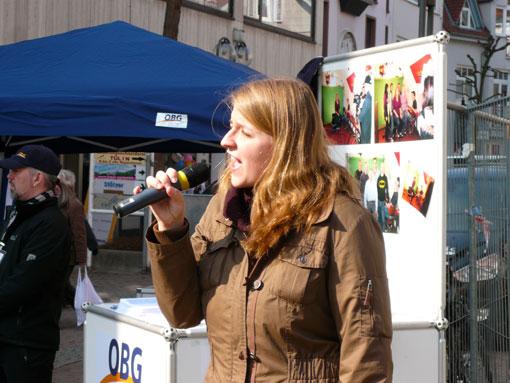 Anjuschka Uher singt OBG-Song